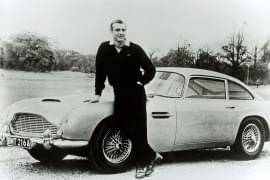 DB5 z odtwórcą roli Jamesa Bonda Seanem Connery