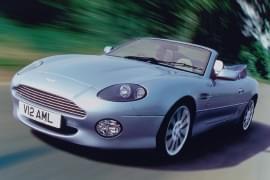 Aston Martin DB7 – widok z przodu