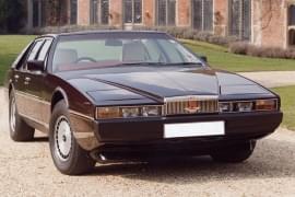 Aston Martin Lagona – widok z przodu