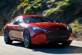 Aston Martin Rapide S – widok z przodu