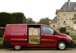 Citroën Jumpy z boku