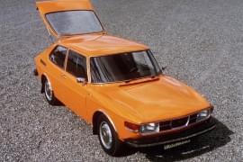 Saab 99 – widok z góry