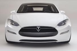 Tesla Model S – widok z przodu