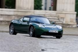 Tesla Roadster – widok z przodu
