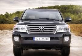 Toyota Land Cruiser – widok z przodu